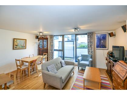 3 Bed Flat, Riverwalk Apartments, E9