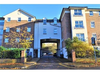 2 Bed Flat, Elizabeth Court, KT2