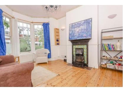 4 Bed Terraced House, Baronsmere Road, N2