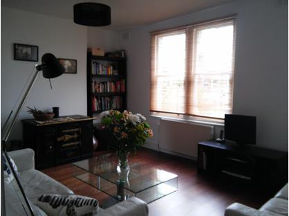 2 Bed Flat, Barry Road, SE22