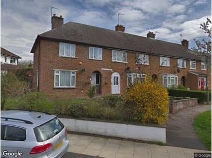 4 Bed Terraced House, Rushden Gardens, NW7