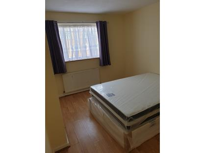 Room in a Shared Flat, Tovil Close, SE20