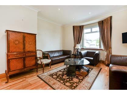 4 Bed Terraced House, Elmgate Gardens, HA8