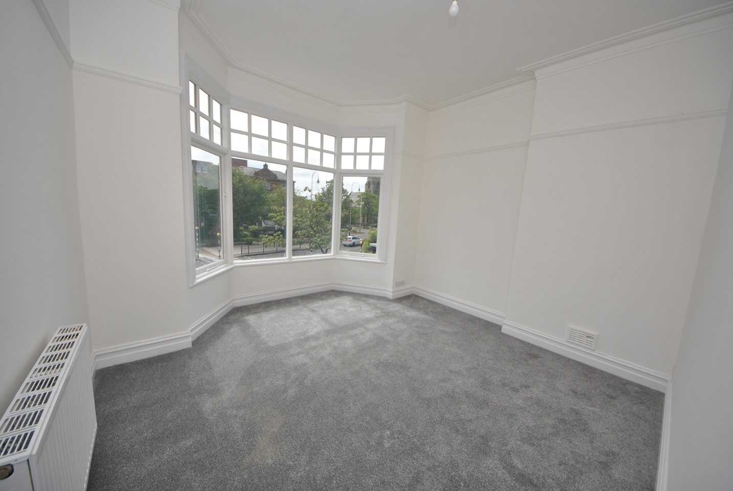 Southport - 2 Bed Flat, Lord Street, PR8 - To Rent Now for ...