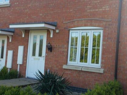 3 Bed Semi-Detached House, Discovery Close, LE67