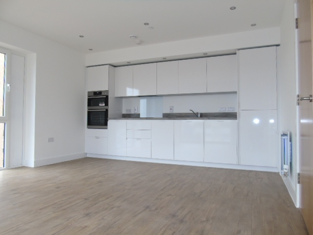 Luton 2 Bed Flat Kimpton Road Lu2 To Rent Now For 163