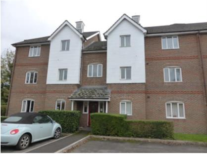 2 Bed Flat, Lockside Court, RG7