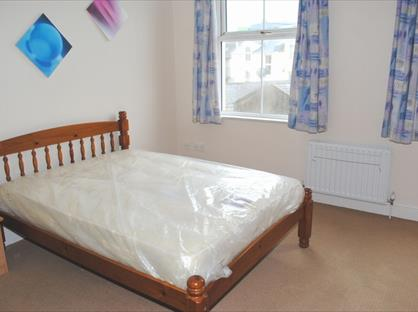 Room in a Shared House, Circular Road, IM1