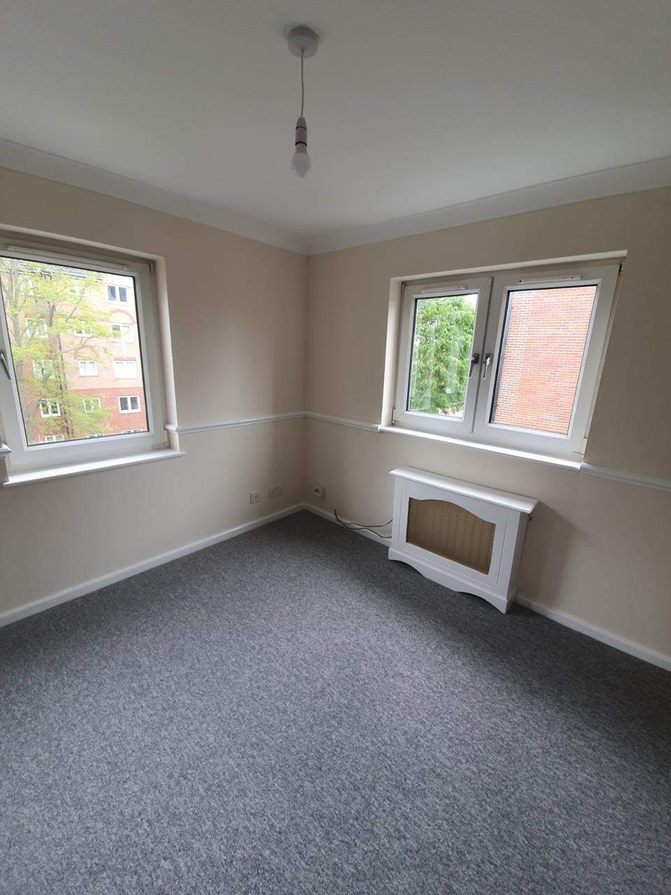 Eastbourne - 1 Bed Flat, Clovis Court, BN21 - To Rent Now ...