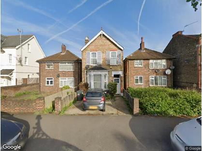 3 Bed Detached House, Hanworth Road, TW3