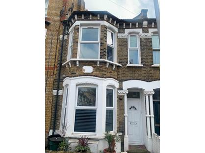 3 Bed Flat, Mossbury Road, SW11