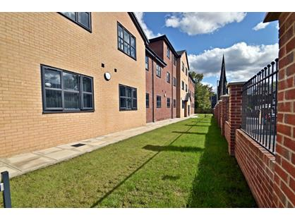 2 Bed Flat, Chapman House, M18