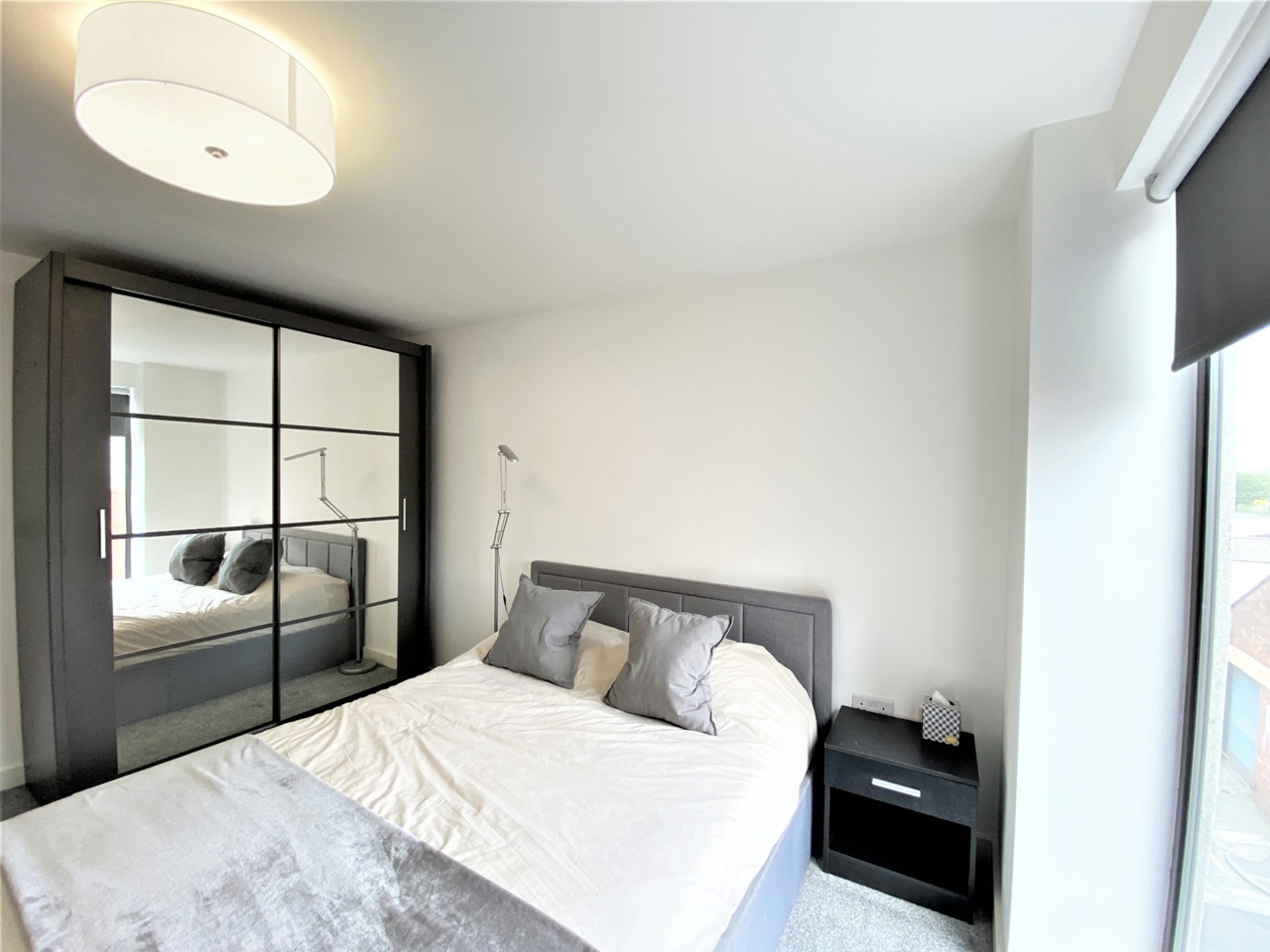 Manchester - 2 Bed Flat, Loom Street, M4 - To Rent Now for ...