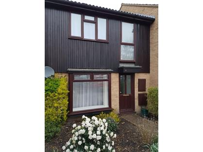 3 Bed Terraced House, Maple Close, GU12