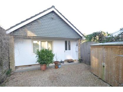 1 Bed Detached House, Kiln Ride, RG40