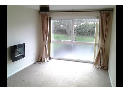 1 Bed Flat, Collingwood Close, SK10