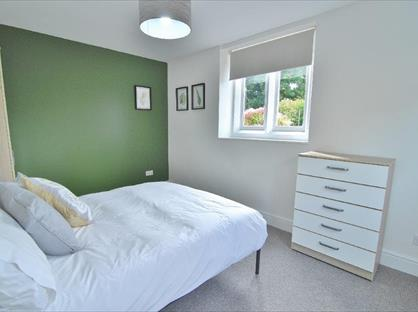 Room in a Shared House, Ryeleaze Road, GL5