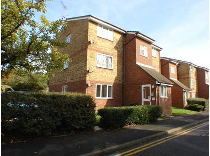 1 Bed Flat, Stirling Close, RM13