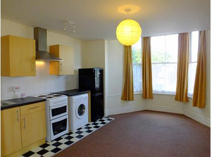 1 Bed Flat, Pendarves Road, TR18