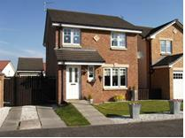 3 Bed Detached House, Milnquarter Rd, FK4