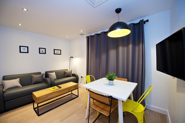 Birmingham - 1 Bed Flat, Charlotte Street, B3 - To Rent ...