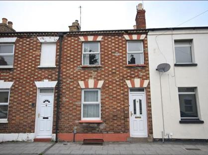 2 Bed Terraced House, Townsend Street, GL51