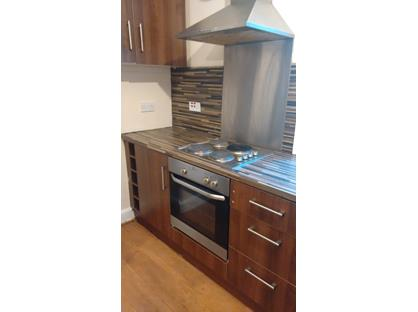 2 Bed Flat, Chapel Hill, HD1