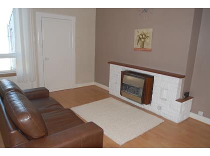 1 Bed Flat, Wellesley Road, KY8