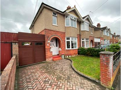 3 Bed Semi-Detached House, Drake Road, SO50