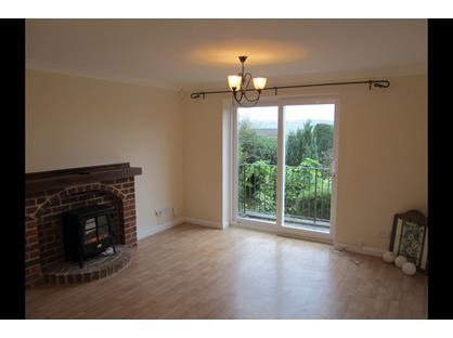 4 Bed Detached House, London Rd, PO8