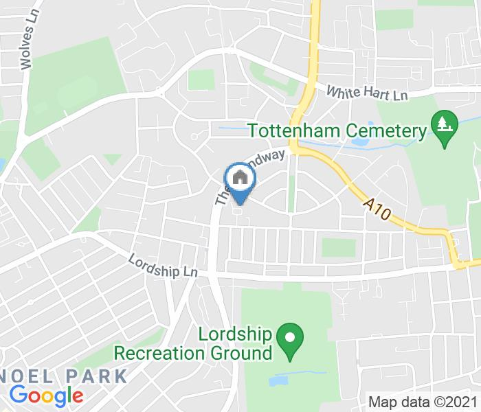 Room in a Shared Flat, Topham Square, N17