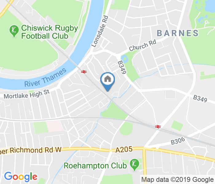 2 Bed Terraced House, Beverley Path, SW13
