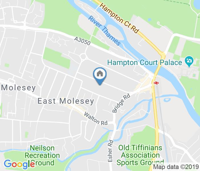 1 Bed Flat, East Molesey, KT8