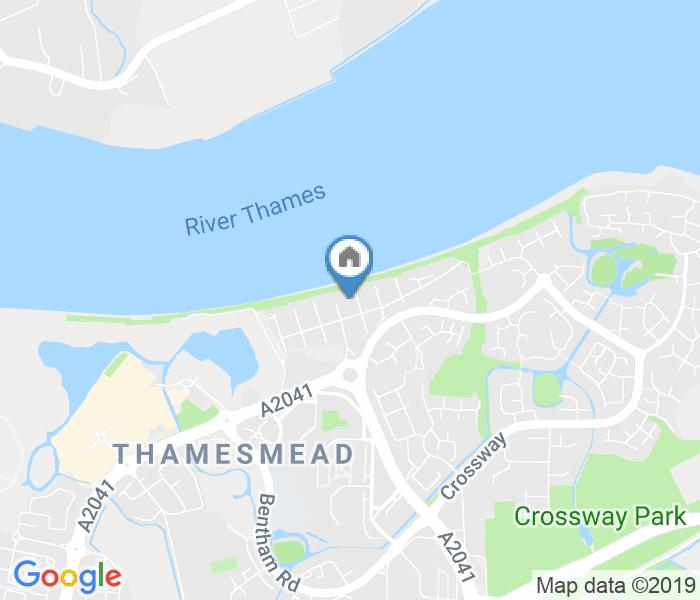 2 Bed Flat, Greenhaven Drive, SE28