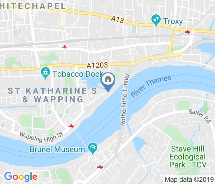 Room in a Shared Flat, Trafalgar Court, E1W